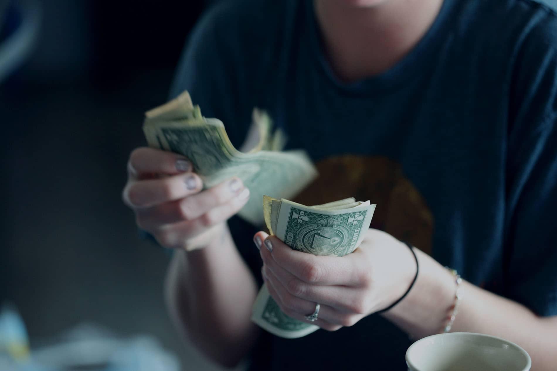 """Kary za wynagrodzenia """"pod stołem"""""""