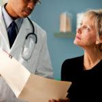 Jak ubiegać się o odszkodowanie za błędy w sztuce lekarskiej?
