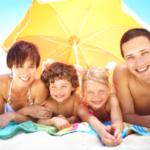Bezpieczne wakacje? Pamiętaj o polisie turystycznej