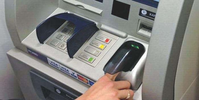 Biometryczne bankomaty?