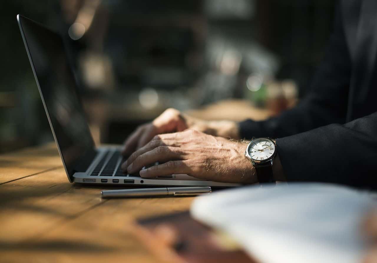 Pożyczka gotówkowa online - trzy kroki do zasilenia Twojego konta