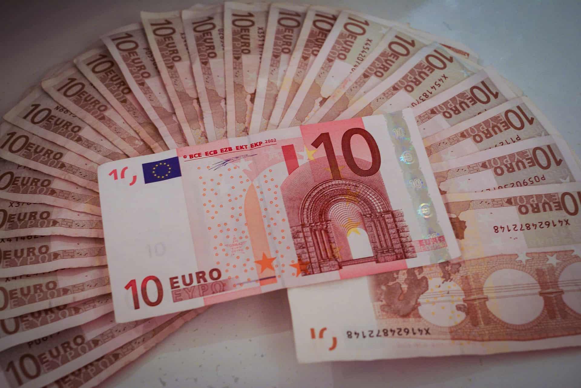 Kredyt gotówkowy – jakie warunki trzeba spełniać, aby go otrzymać?
