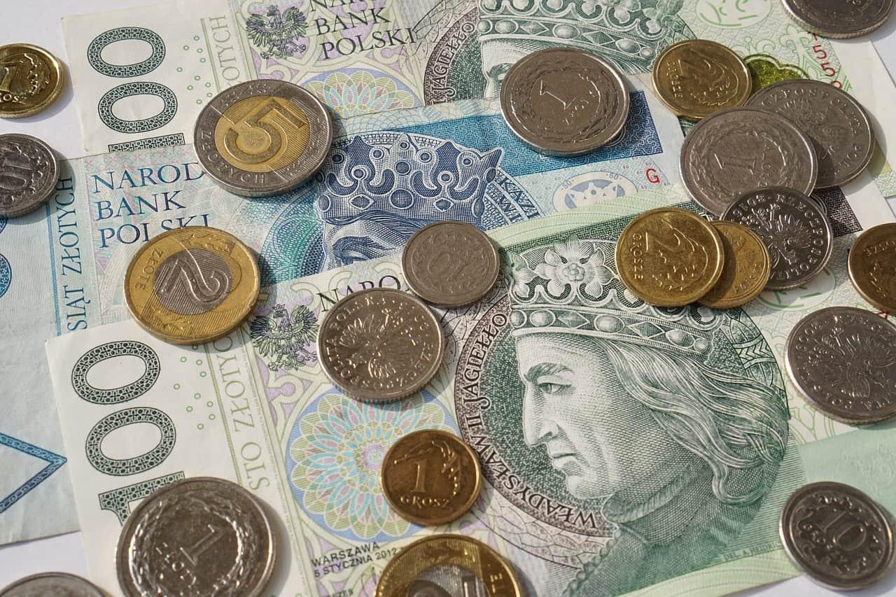 Na co trzeba zwracać uwagę przy pożyczkach internetowych?